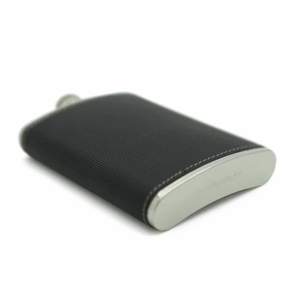black-textured-8oz-stainless-steel-hip-flask-4