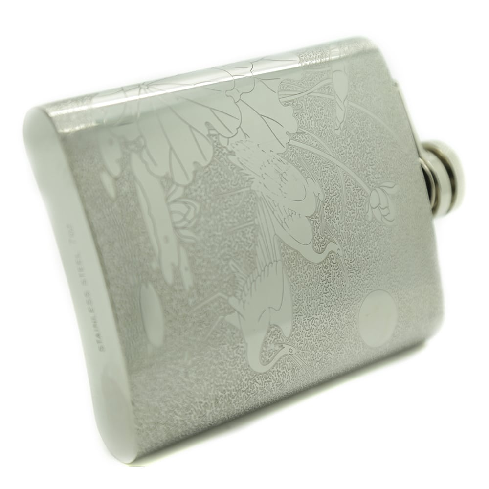red-crowned-crane-7oz-stainless-steel-hip-flask-4