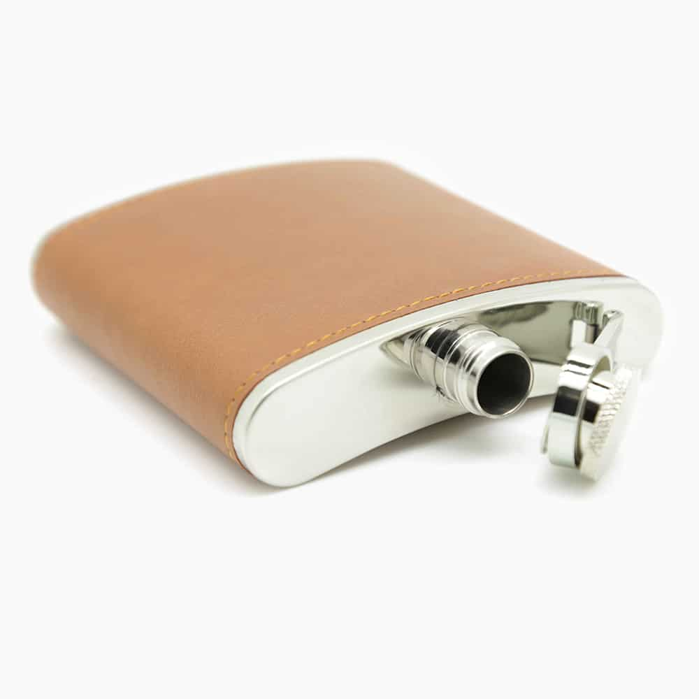 brown-6oz-hip-flask-set-2