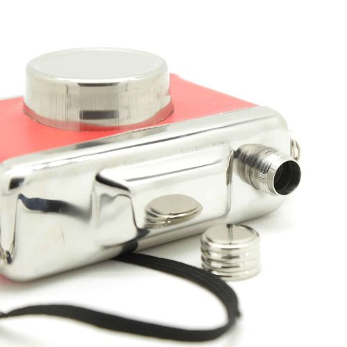 camera-4oz-hip-flask-2