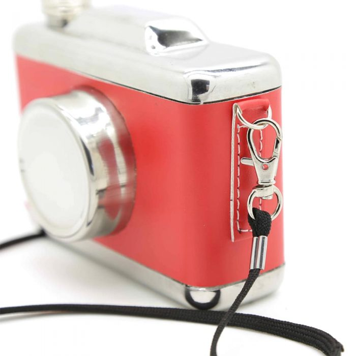 camera-4oz-hip-flask-4