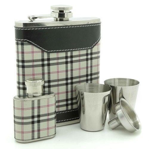 highlander-7oz-hip-flask-gift-set-1