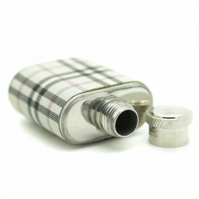 highlander-7oz-hip-flask-gift-set-3