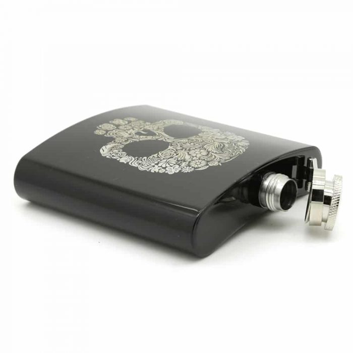 skull-6oz-hip-flask-2