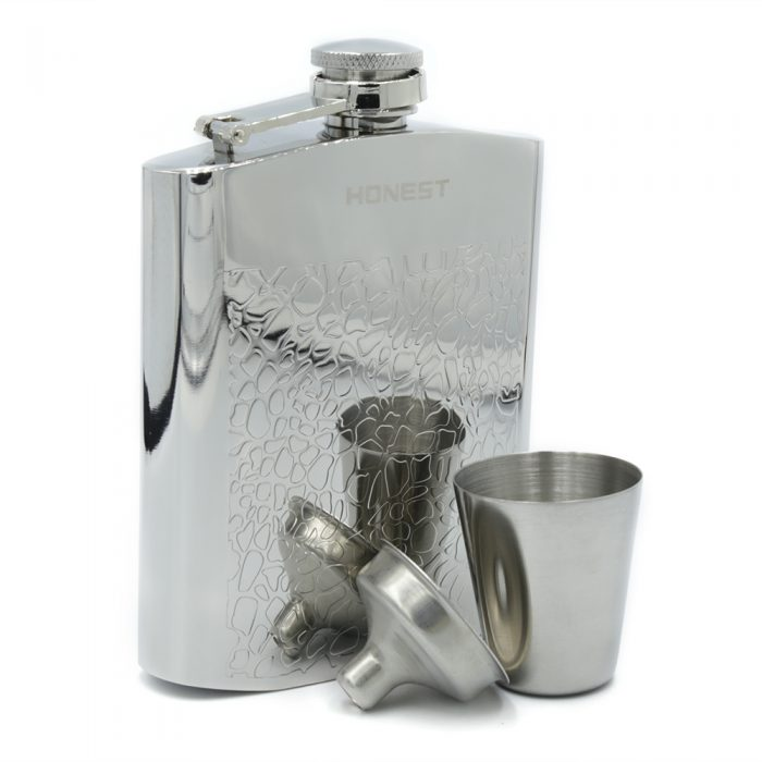 embossed-7oz-hip-flask-1