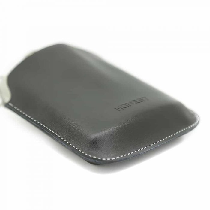 embossed-7oz-hip-flask-5