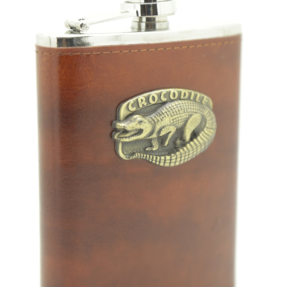 crocodile-8oz-hip-flask-4