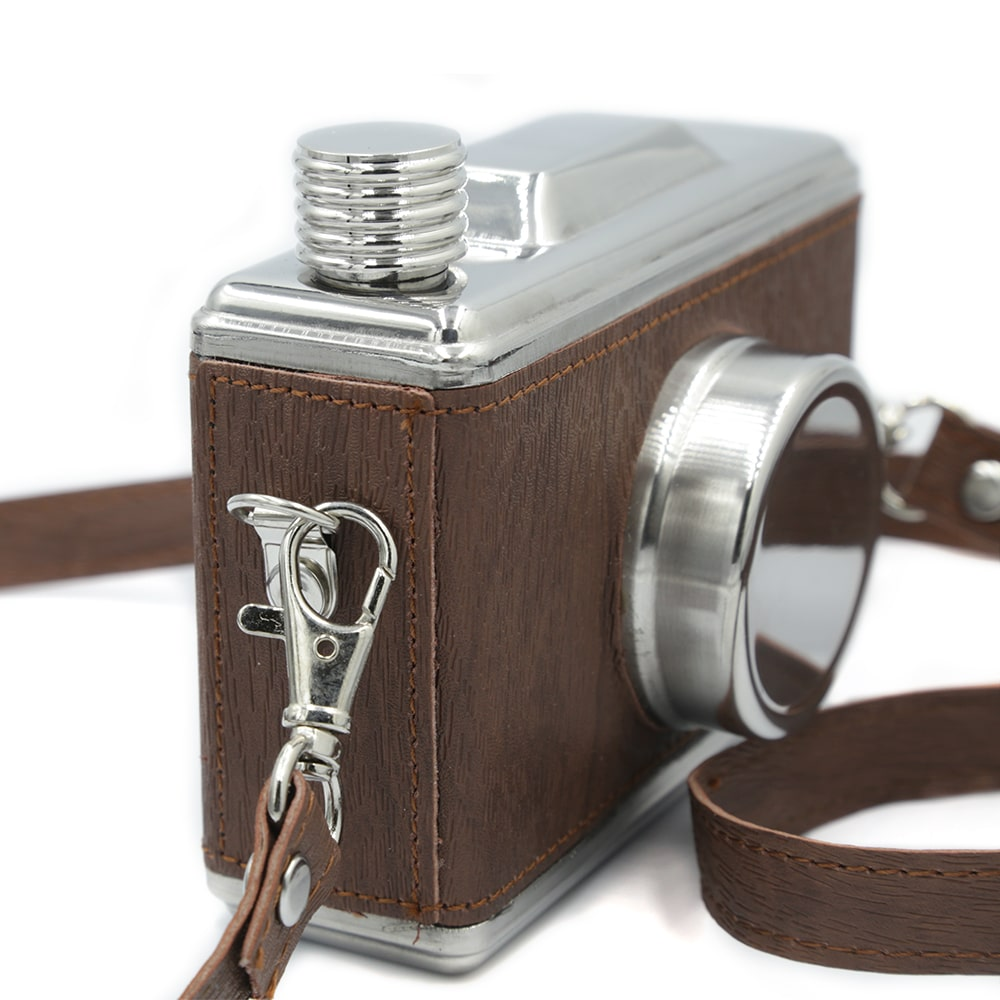 camera-11-oz-hip-flask-3