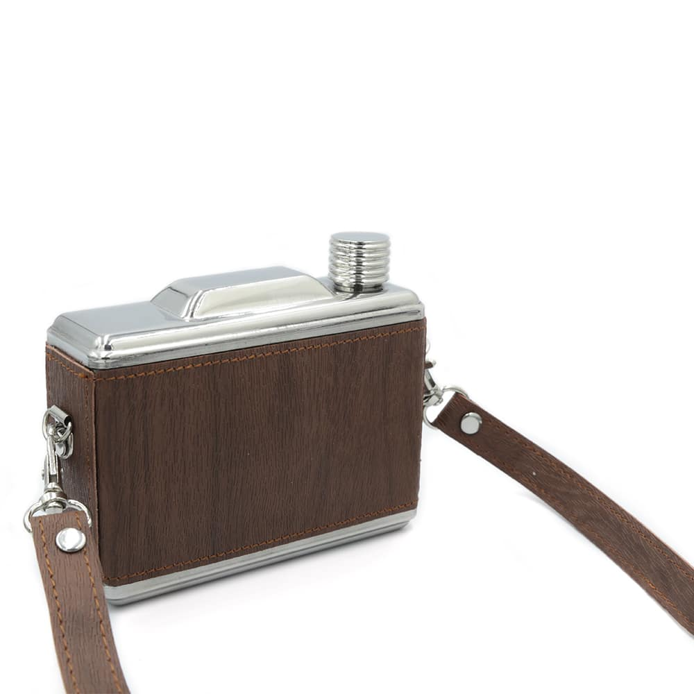 camera-11-oz-hip-flask-4